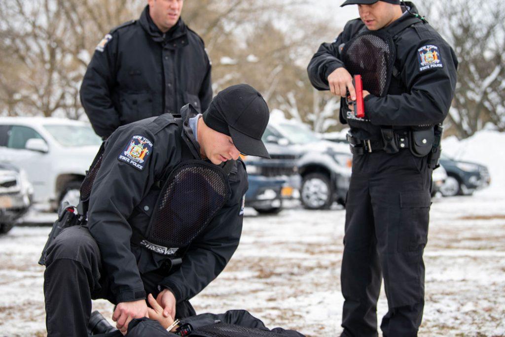 Policía del Estado de Nueva York entrenando con StressVest