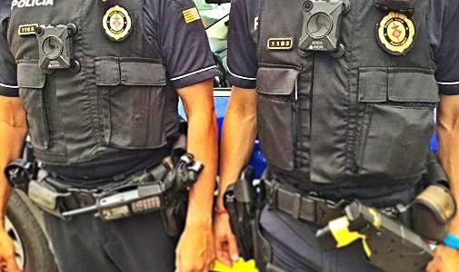 En Madrid, la cámara corporal de un policía local permite probar agresiones recibidas ante el juez